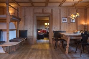 White Deer San Lorenzo Mountain Lodge - Tiroler Stuben
