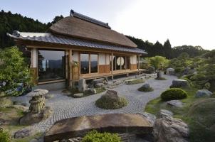 Sasayuri Ann - Villa and stone garden