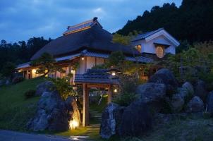Sasayuri Ann - Villa entrance