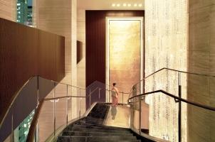 Shangri-La Tokyo - Staircase