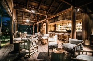 Phum Baitrang - Pool Bar