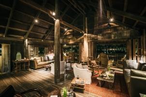 Phum Baitrang - Main Bar