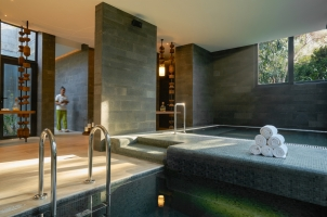 Six Senses Krabey Island - Hydrotherapy pool
