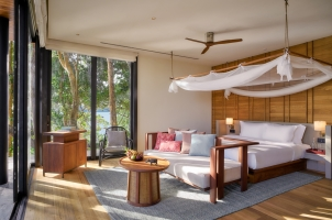Six Senses Krabey Island - Ocean Pool Villa Bedroom