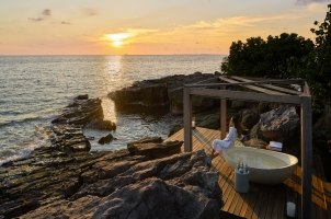 Six Senses Krabey Island - Outdoor Bathtub at the Beach Retreat