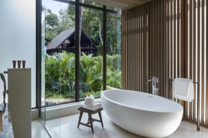 Ritz-Carlton Langkawi - Rainforest Deluxe Bathroom