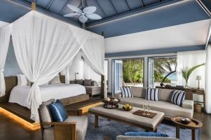 Raffles Maldives - Beach Villa Bedroom