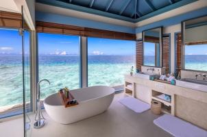 Raffles Maldives - Overwater Residence Bathroom