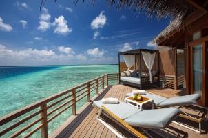 Baros - Water Villa Deck