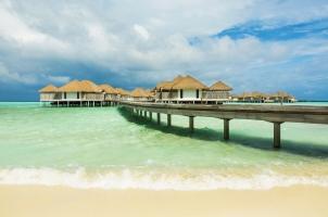 Maledives COMO Maalifushi - Boardwalk