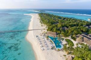 Kanuhura Maldives - Island View