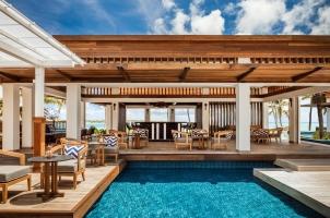 Mauritius LeSaintGeran - La Terrasse Bar Wide