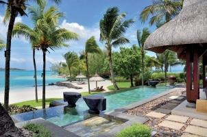 Shangri La's Le Touessrok - Beach Villa Terrace