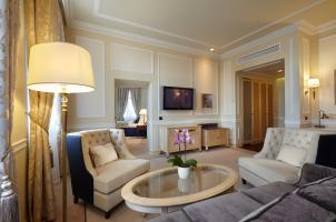 Russia - Baltschug Kempinski Moscow - living room
