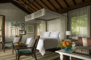 Seyc helles Four Seasons Resort - Bedroom