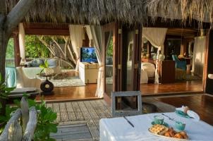 Seychelles North Islands - Villa Breakfast