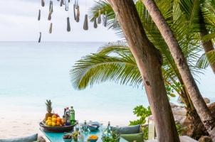 Seychelles North Islands - Piazza Gin Tasting