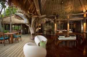 Seychelles North Islands - Villa Entrance