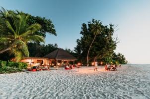 Seychelles North Islands - West Beach Bar Dining