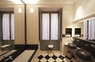 Corral del Rey - Junior Suite Bathroom