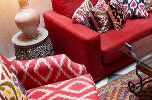 Corral del Rey - Living room patio detail