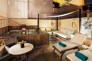 Corral del Rey - Pool Suite terrace nighttime