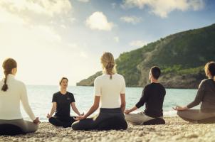 SHA Wellness Clinic Spain - Meditation on the beach