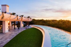 SHA Wellness Clinic Spain - Penthouse Pool