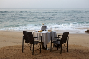 Amanwella - Beachfront Dining