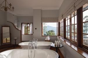 Ceylon Tea Trails - Bathroom