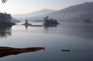 Ceylon Tea Trails - Lake