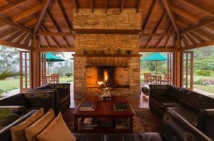 Ceylon Tea Trails - Living Room