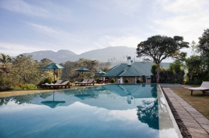 Ceylon Tea Trails - Pool
