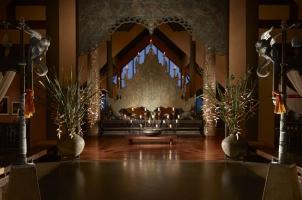 Anantara Golden Triangle - Lobby Entrance