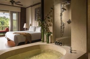 Anantara Golden Triangle - Bathroom