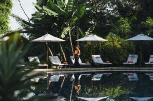 Anantara Golden Triangle - Pool Service