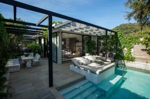 Beachfront Pool Villa Rosewood Phuket