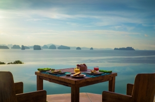 Six Senses Yao Noi - breakfast at hilltop