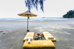 Thailand Soneva Kiri - North Beach Picnic