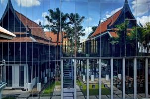 Thailand The Siam Bangkok - Thai house reflection