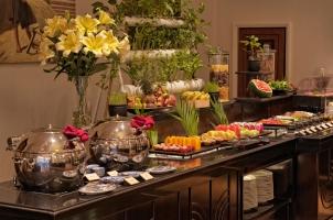Azerai La Residence Hue - Buffet