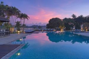 Azerai La Residence Hue - Swimming Pool