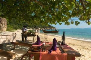 Six Senses Ning Van Bay - Private Beach Dining