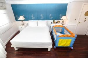 Vietnam The Au Co Cruise - Au Co Suite Baby Cot