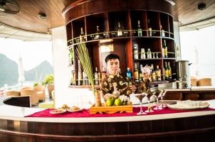 Vietnam The Au Co Cruise - Tea Ceremony