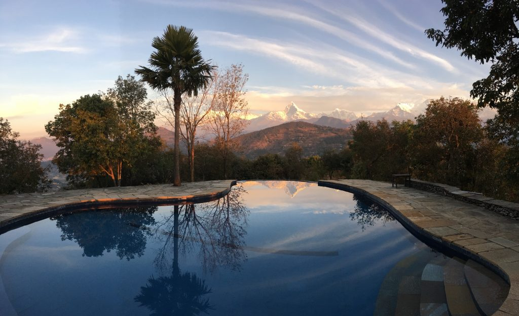 TMPL Lodge - Pool winter dawn