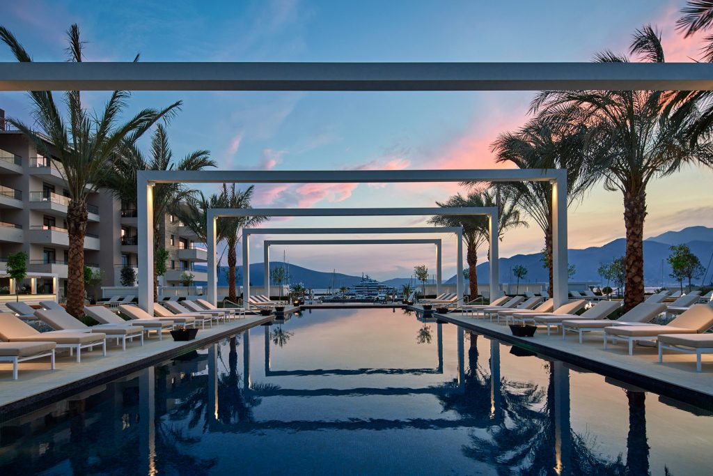 Regent Porto Montenegro - Pool Club